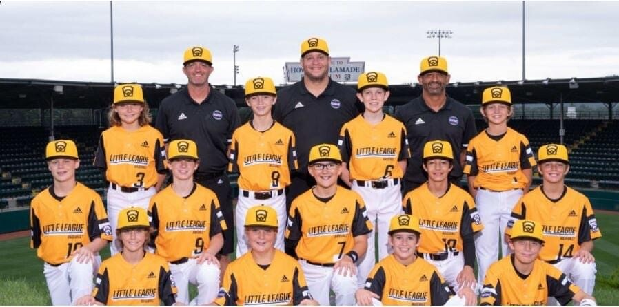 Nolensville Little League players and coaches