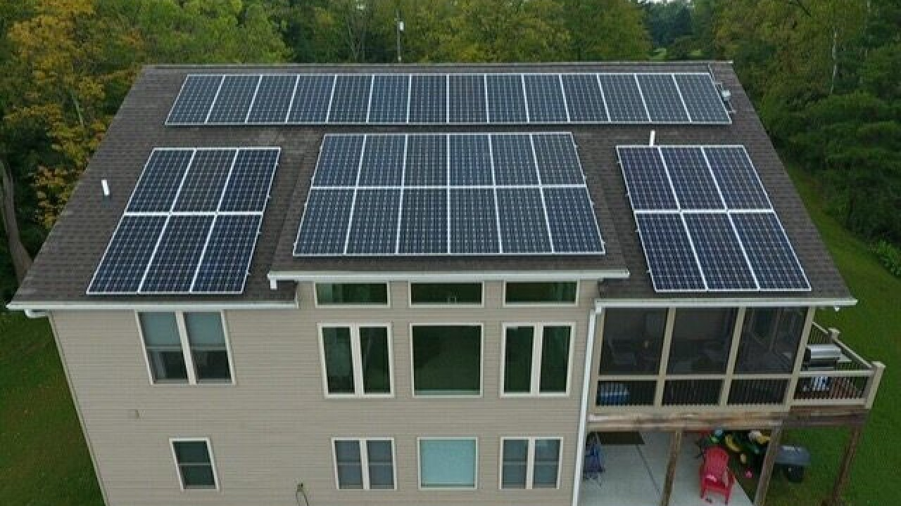 Two home tours this weekend show off two of the hottest local trends: solar power and urban living