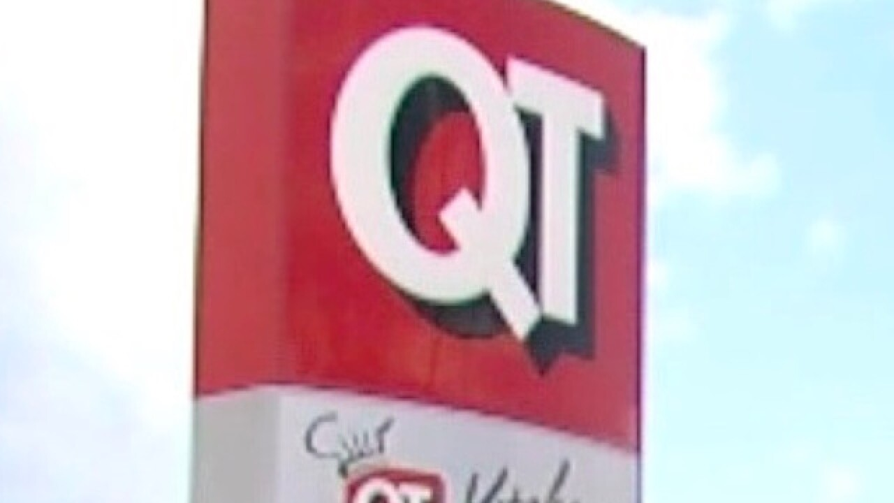 PD: QuikTrip customers subdue, then rob armed robber in