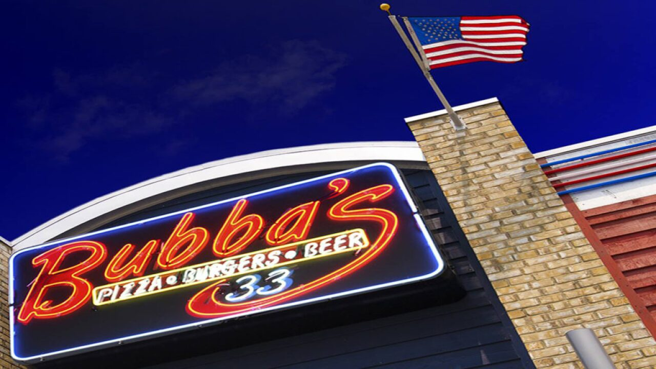 Bubba's 33 invites military for free lunch