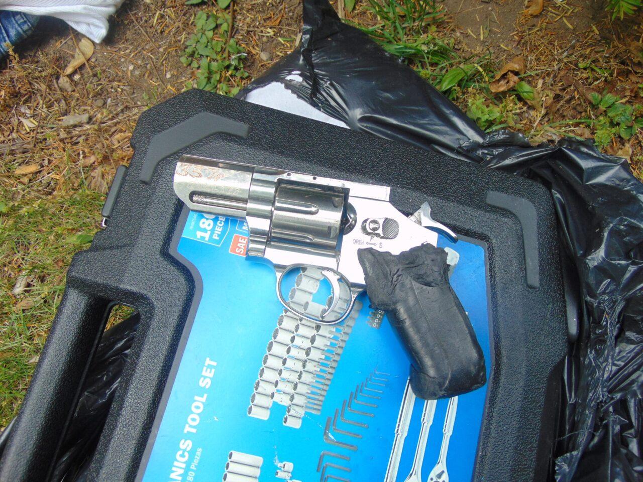 kdps guns 2.jpg