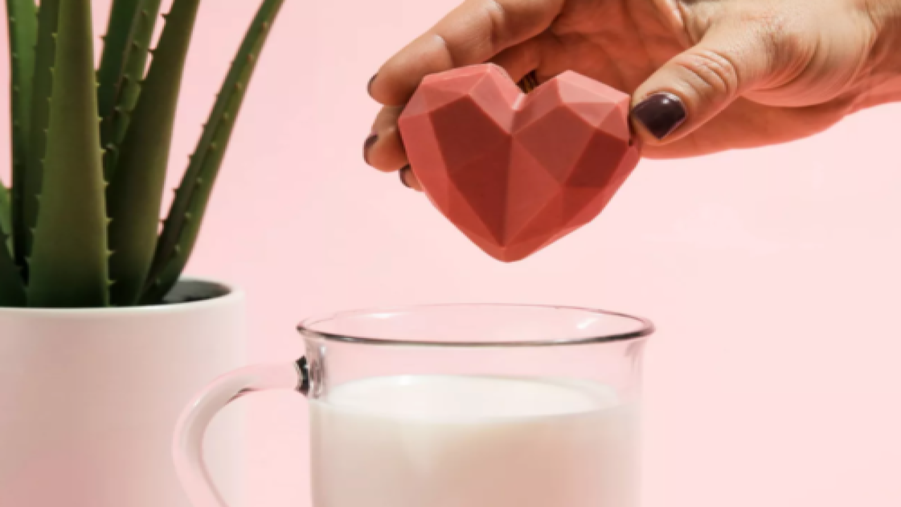 Heart-shaped Strawberries And Cream Hot Cocoa Bombs Are Perfect For Valentine's Day