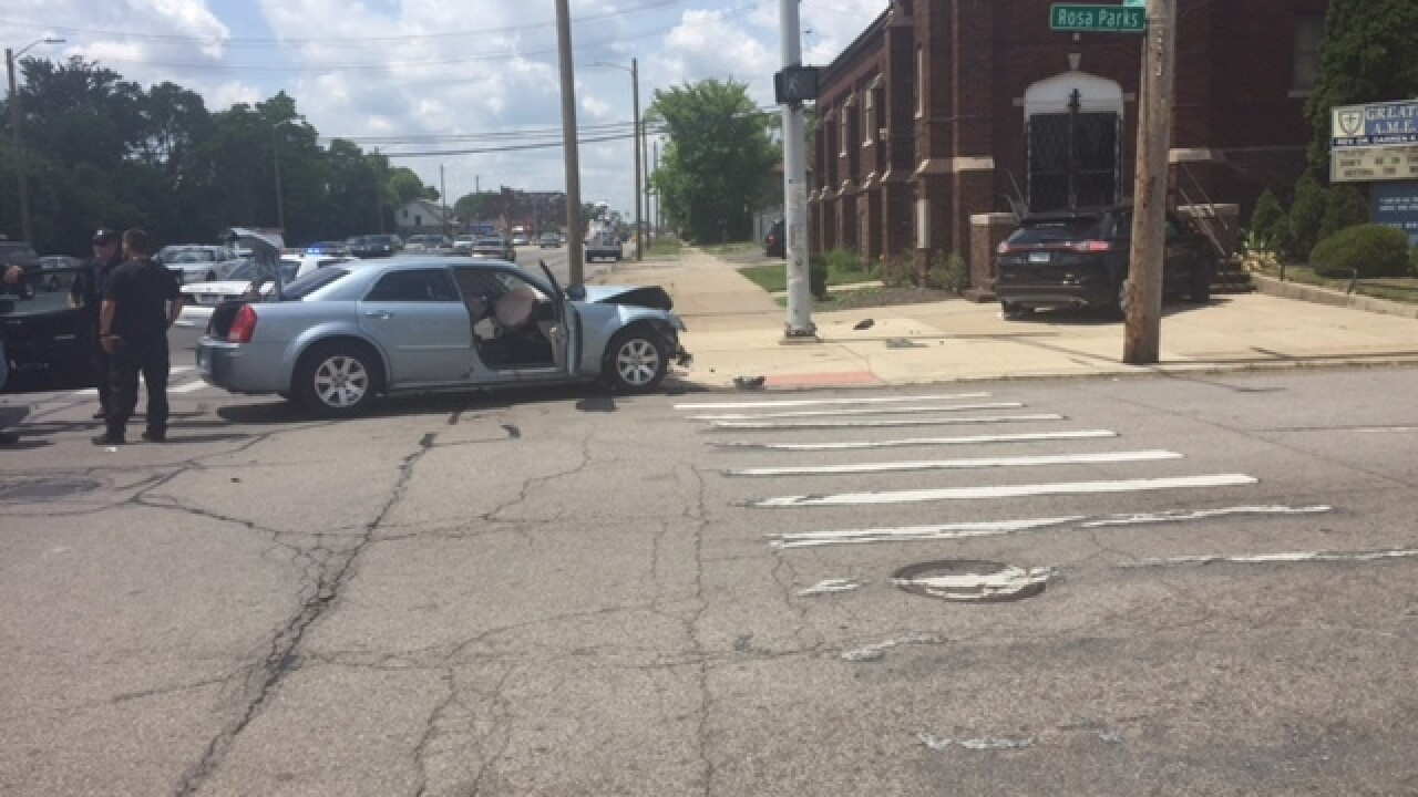 Two DPD cops, civilian injured after crash