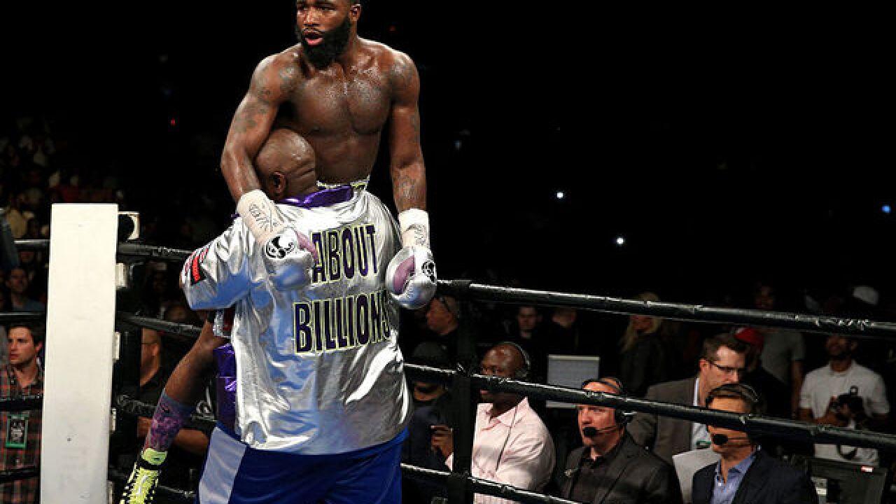 Adrien Broner pushes woman, KOs man in Las Vegas