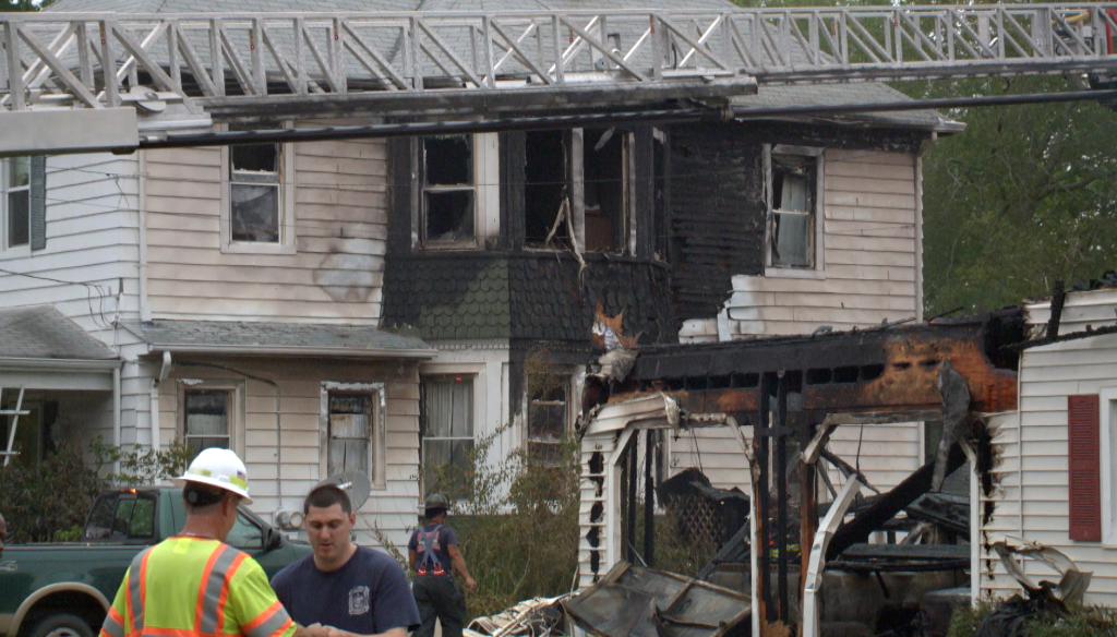 Photos: Firefighter, civilian injured after Hampton fire displaces 4people