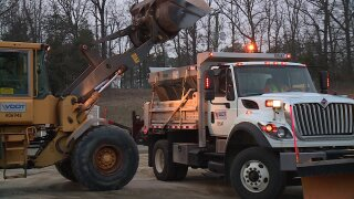 VDOT on standby ahead of possible snow event Tuesdaymorning
