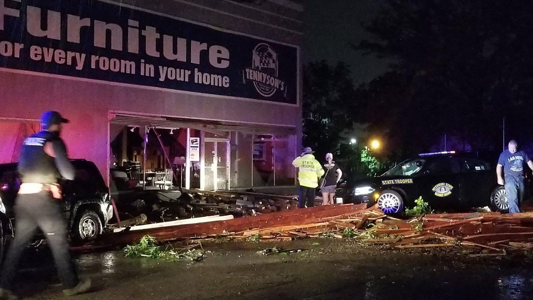 Photos: Tornado rips through Jefferson City, Missouri