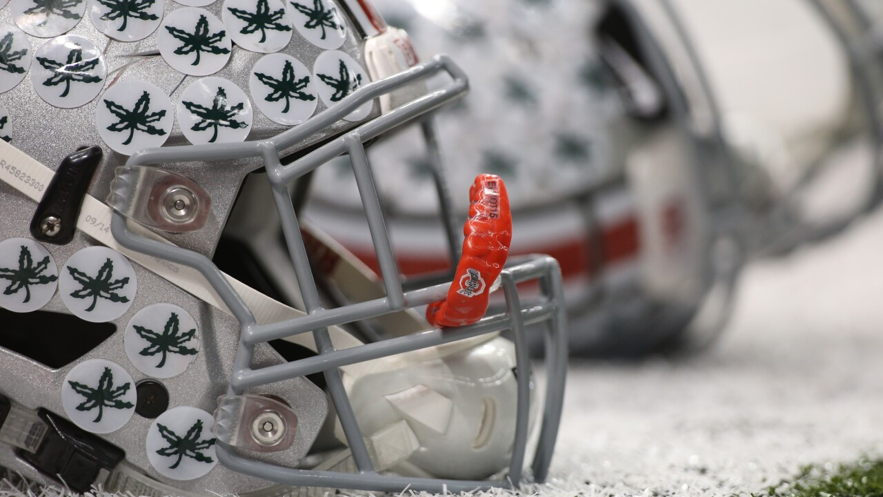 Ohio State football players, parents given COVID-19 waiver to sign