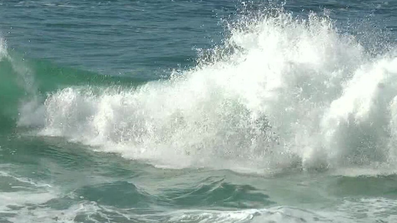 san_diego_waves.jpg