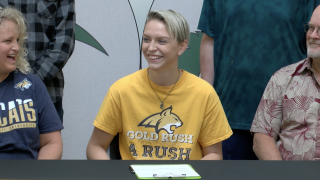 Belgrade's Gracey Carter signs with Montana State
