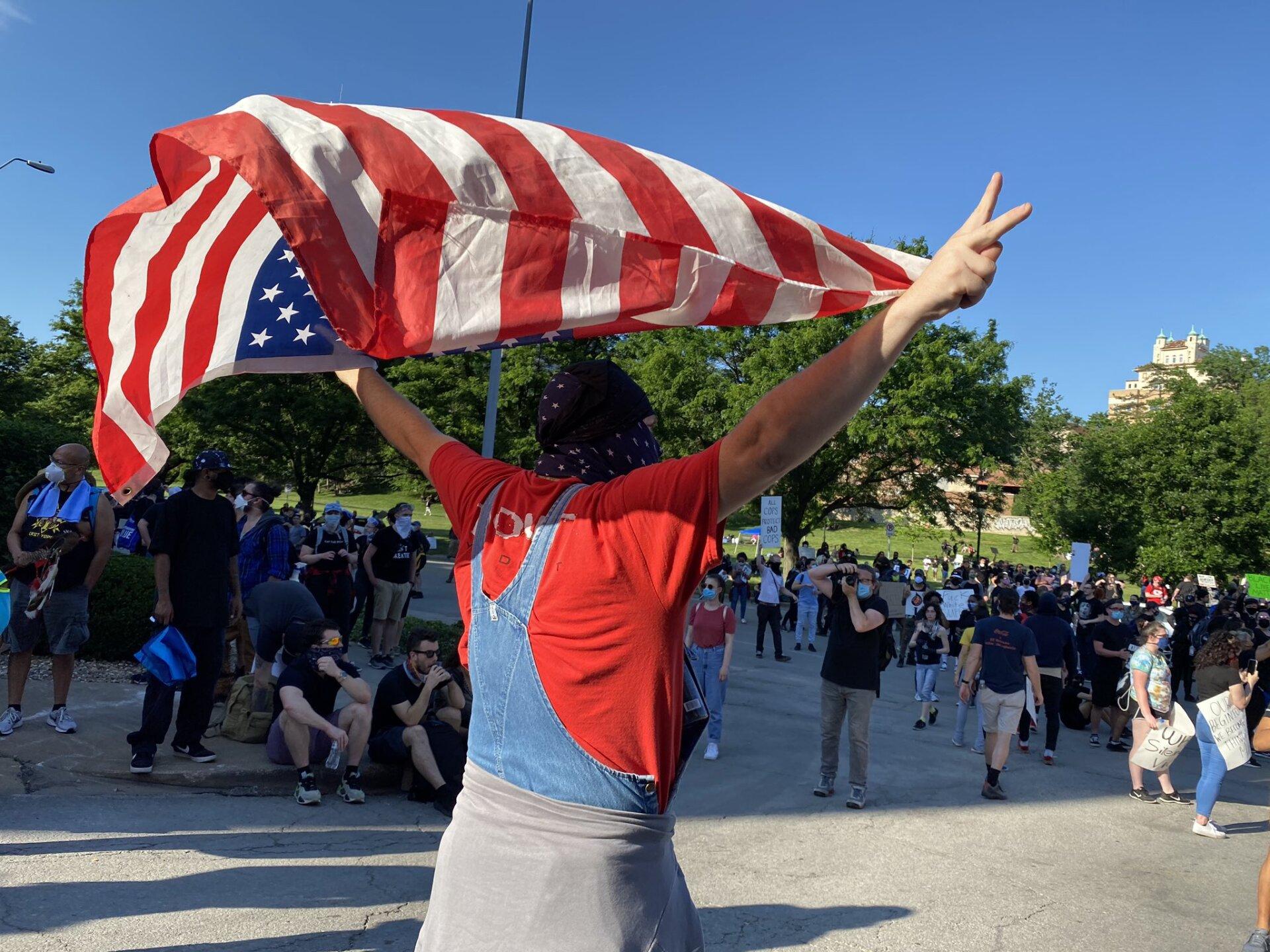 sunday plaza protest 5.jpeg