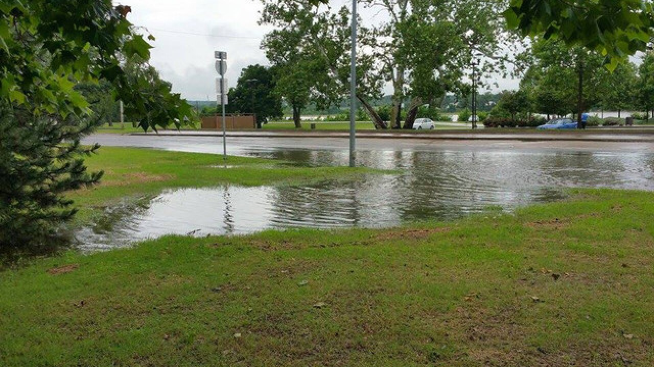 Flooding, severe wx pics around Green Country