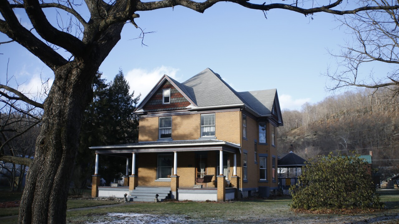 'The Silence of the Lambs' house for sale; video tour reveals rooms used in movie