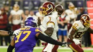 QB Dwayne Haskins replaces injured Case Keenum vs. Vikings, Redskins lose19-9