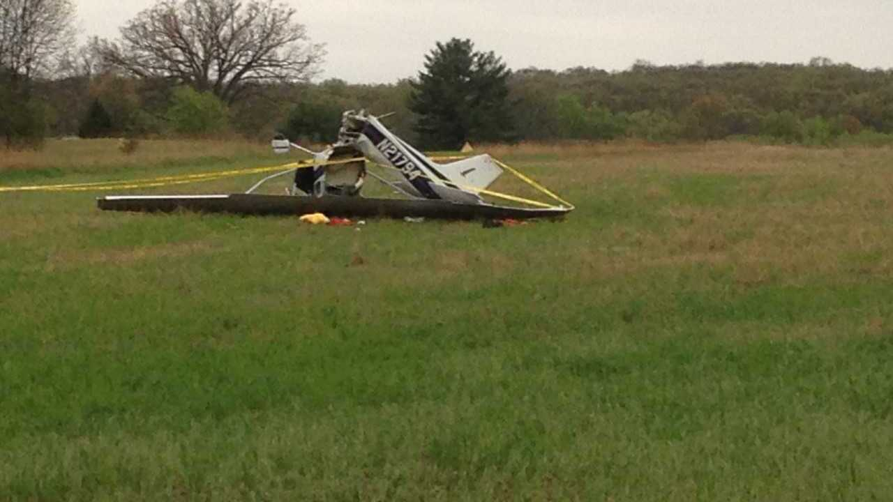 2 people hospitalized after plane crash at Cackleberry Airport