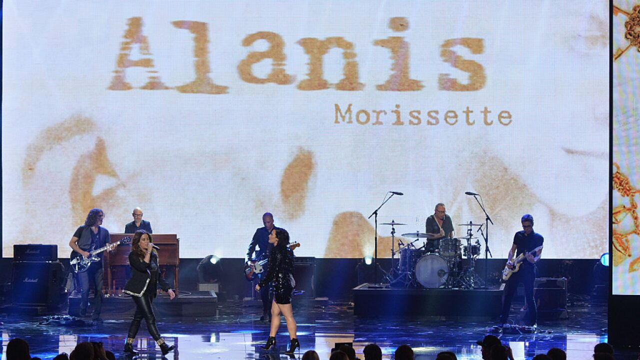 Alanis Morissette coming to DTE Energy Music Theatre celebrating 25 years
