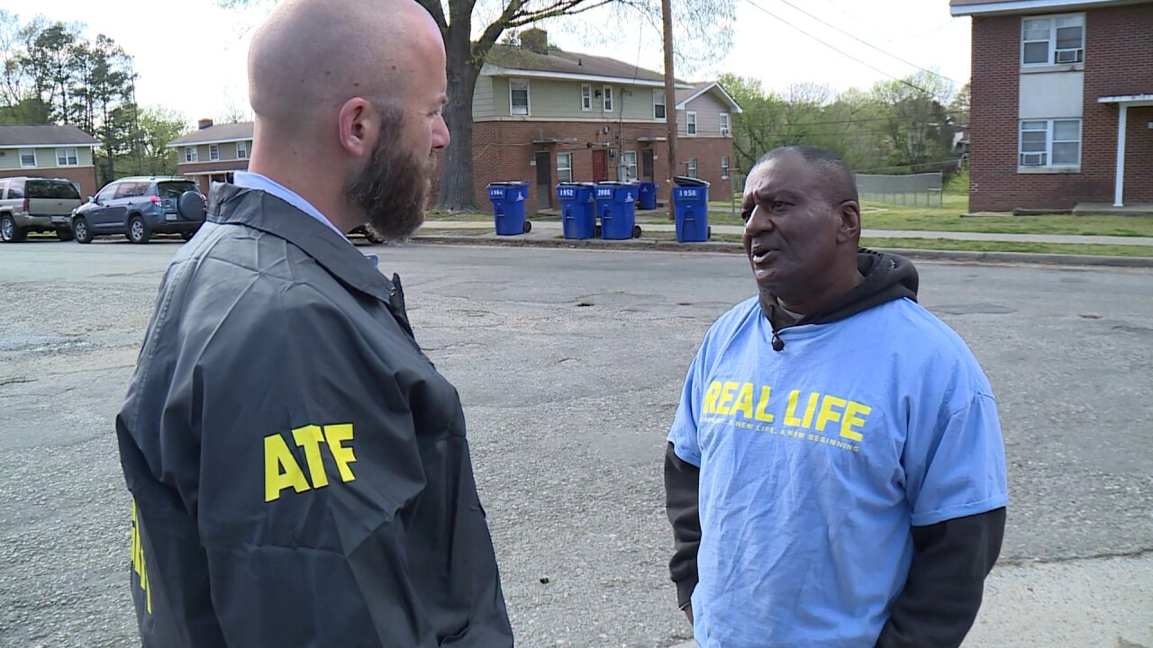 Ex-con teams up with police to combat crime: 'Feels good to be on the other side'