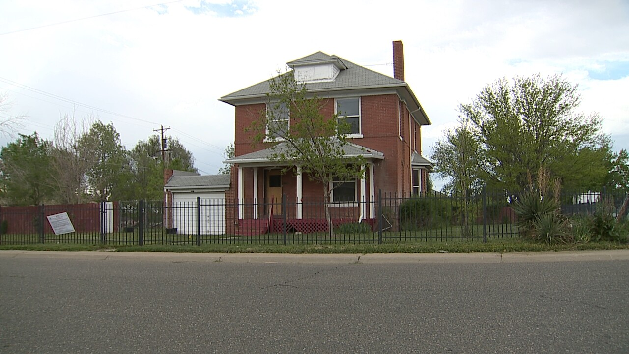 Man hoping to save 113-year-old farm house in Denver's Park