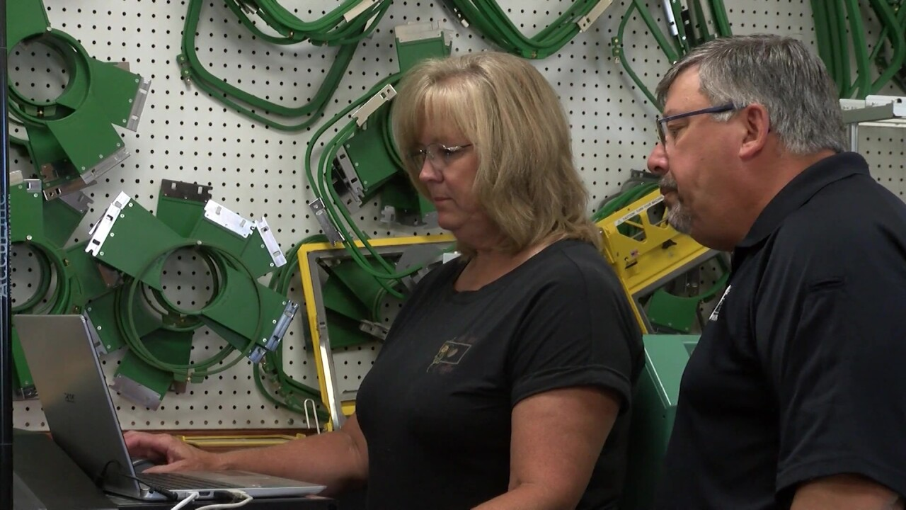 Winifred sign business finds a new market: custom face masks