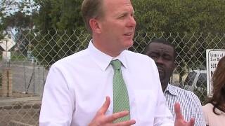 Mayor Kevin Faulconer endorses John Cox in November governor's race