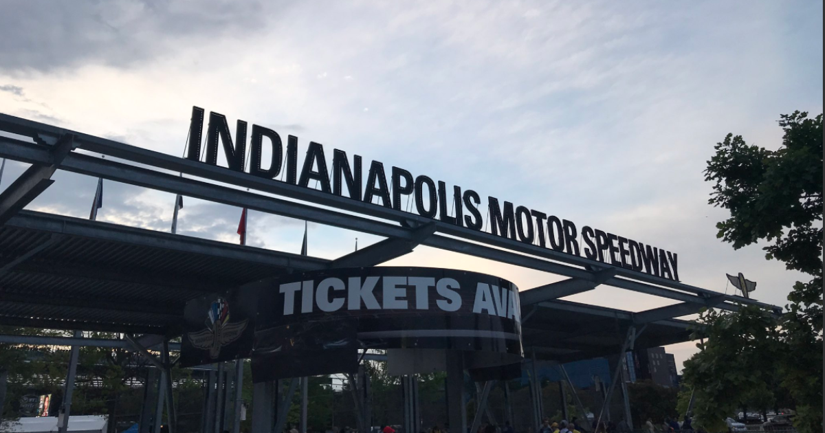 Fans want historic IMS sign displayed again