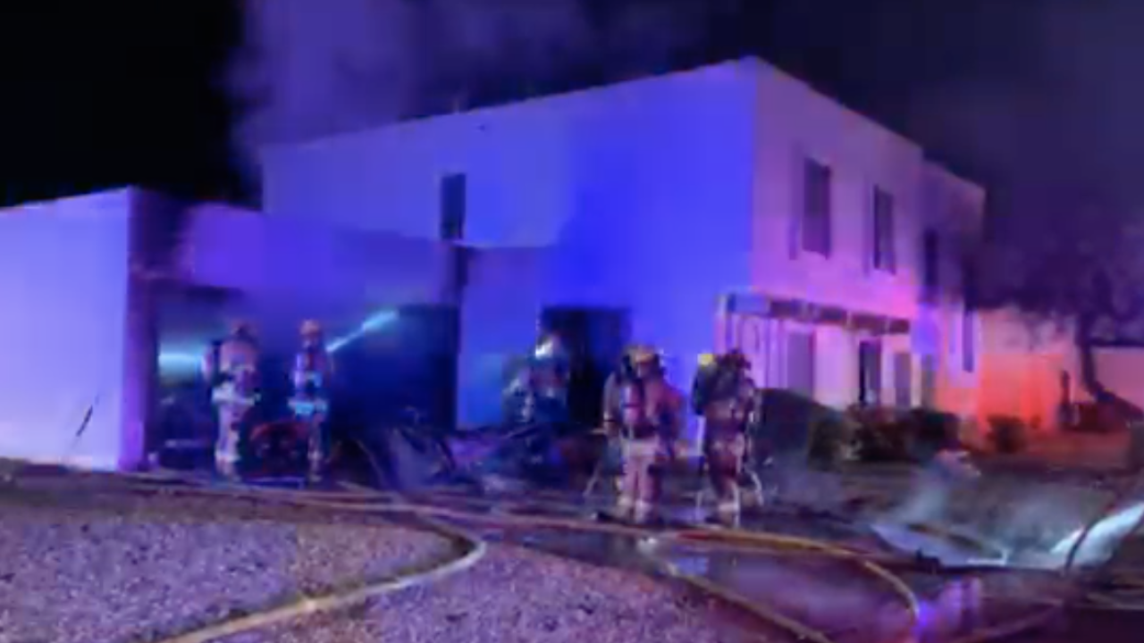 Man rescued from north Phoenix house fire