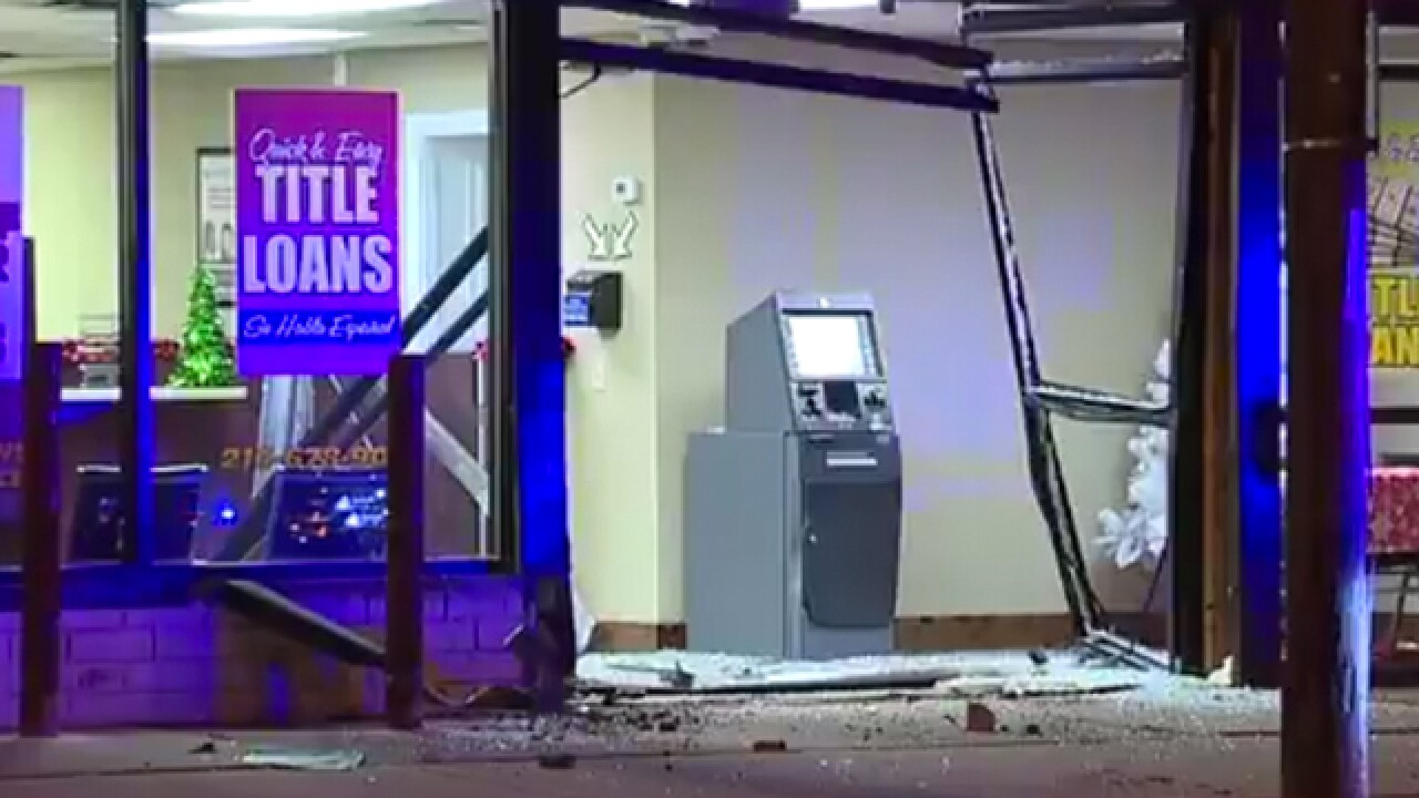 Police investigating attempted smash and grab at Loan Max in Cleveland Heights
