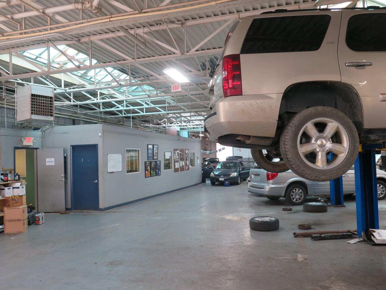 Changing_Gears_garage.JPG