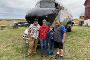 Michigan family transforms plane into RV
