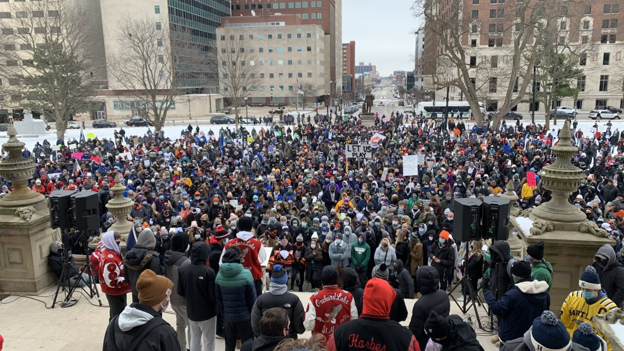 Thousands gather to protest winter sports postponement