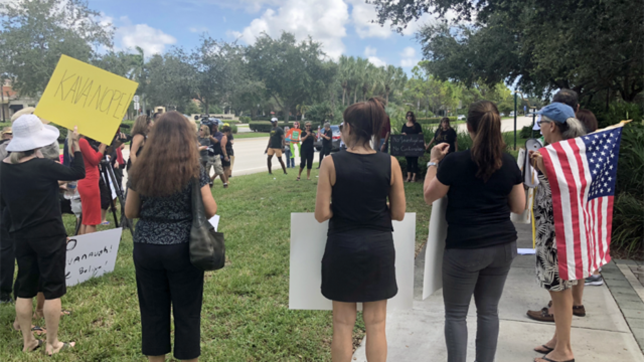 Group gathers in Palm Beach Gardens to express opinions on Brett Kavanaugh