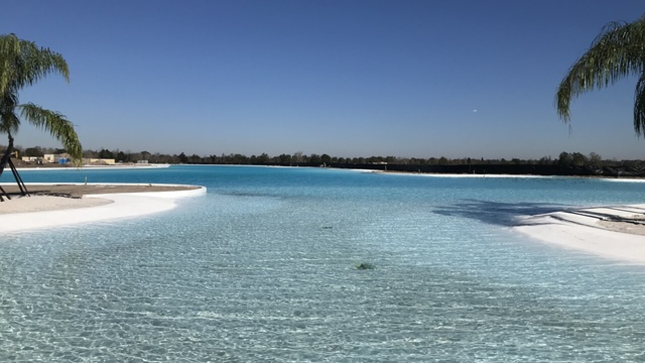 Work stopped at Crystal Lagoon due to no permits
