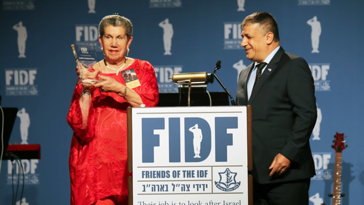 Gala raises $1 Million for Israeli soldiers
