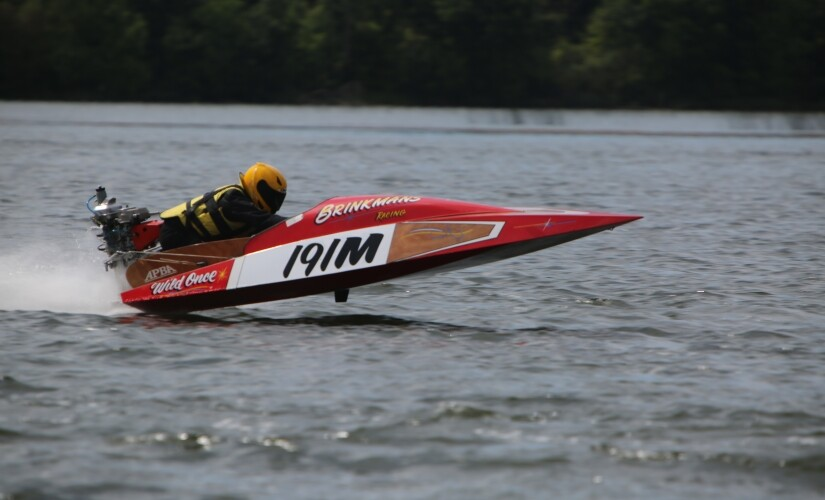 Outboard Boat Racing on Grass Lake