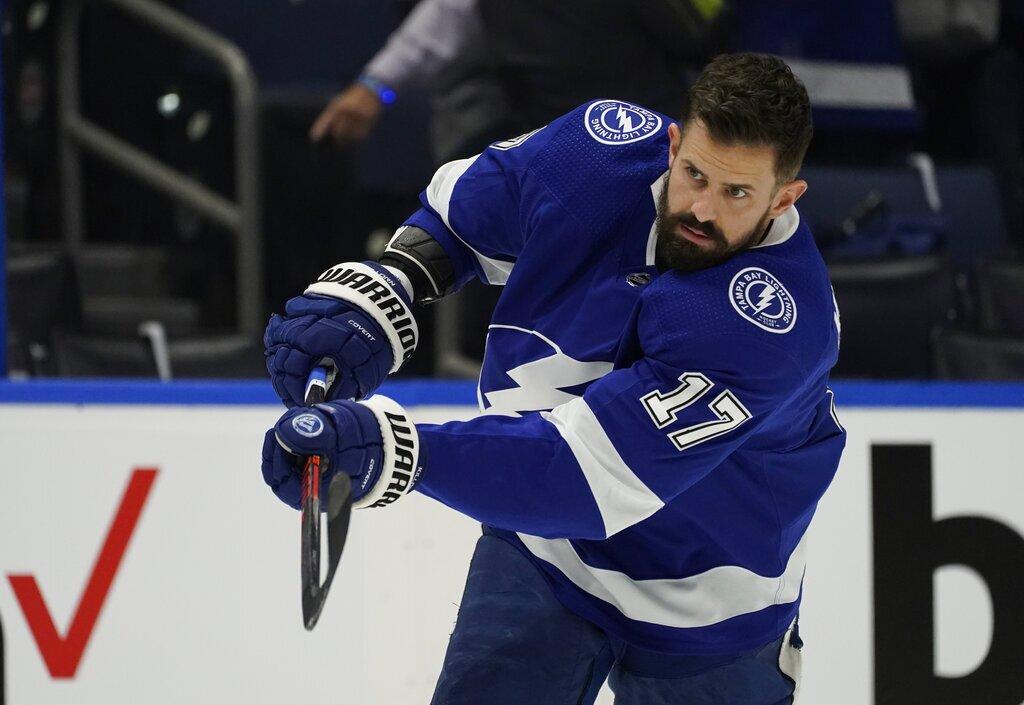 Islanders Lightning Hockey