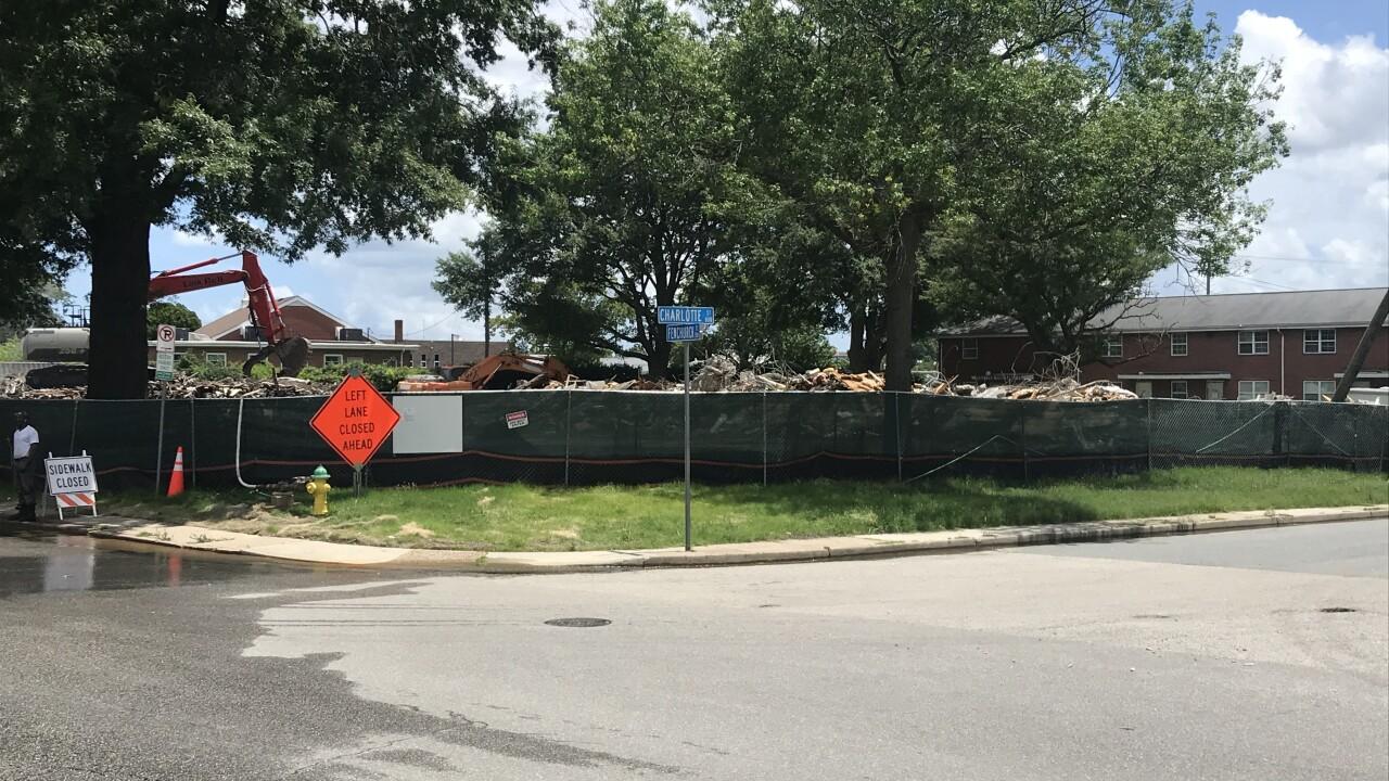 Tidewater Gardens demolition