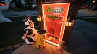 Reese's Is Sending A Robotic 'trick Or Treat Door' Into Neighborhoods For Contactless Candy Delivery This Halloween