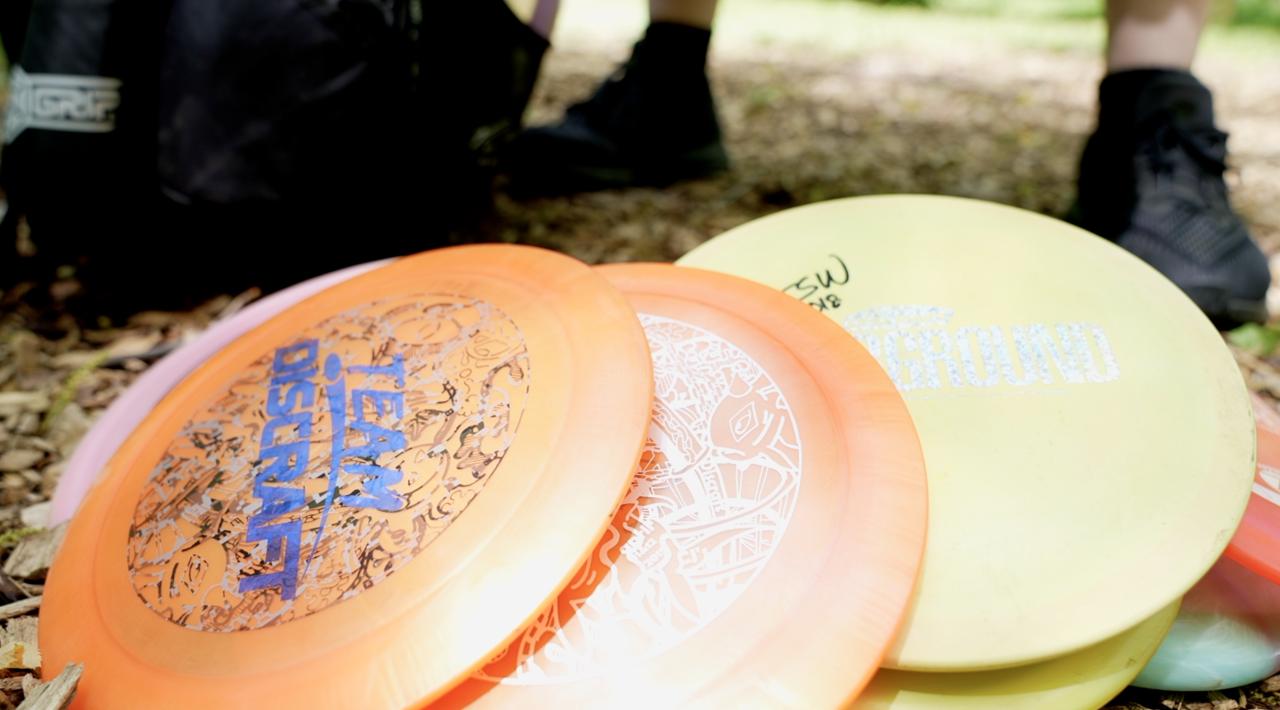 A close up of Shinevar's discs