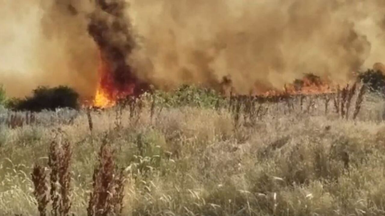 Evacuation order lifted as Pole Patch Fire 40 percentcontained