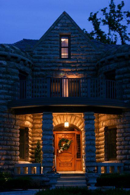 castle at night1.jpg