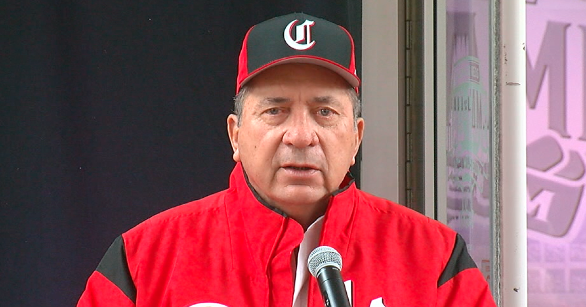 Johnny Bench Award will now include college softball and ...