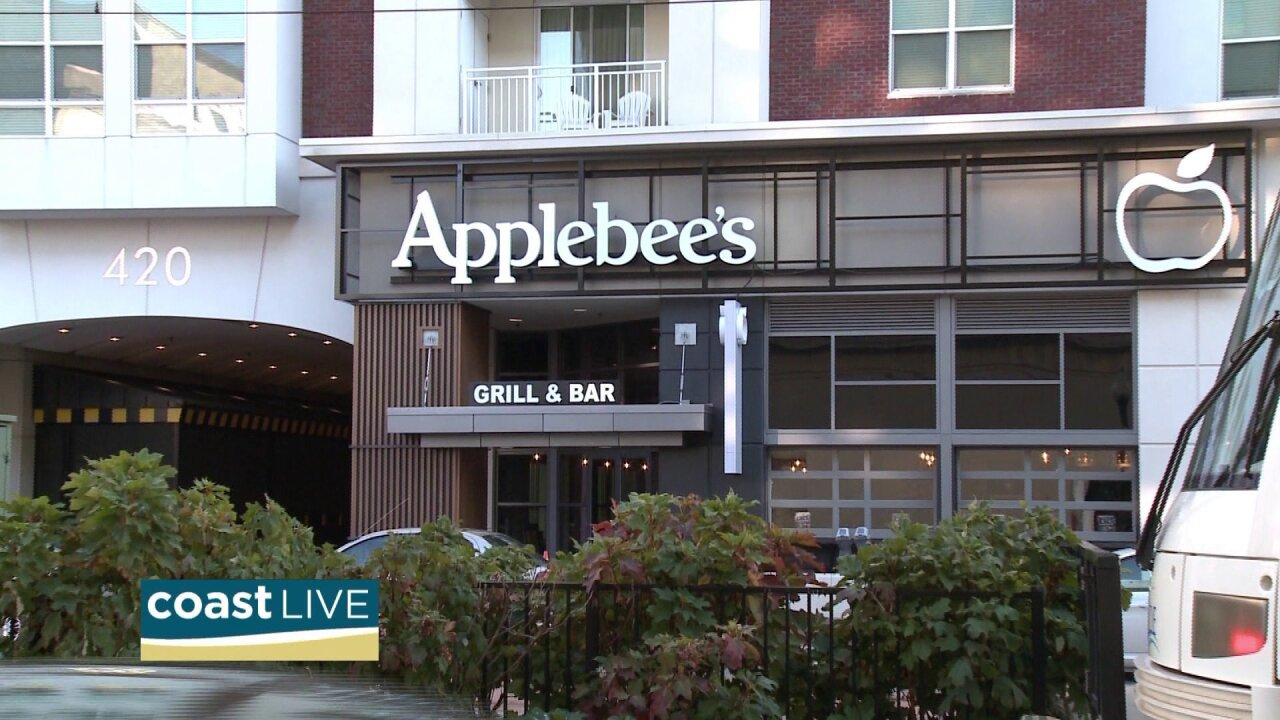 Applebee's has a new local restaurant and we got margaritas to celebrate on Coast Live