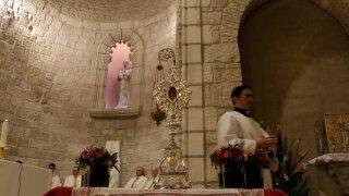 Jesus Manger Mass