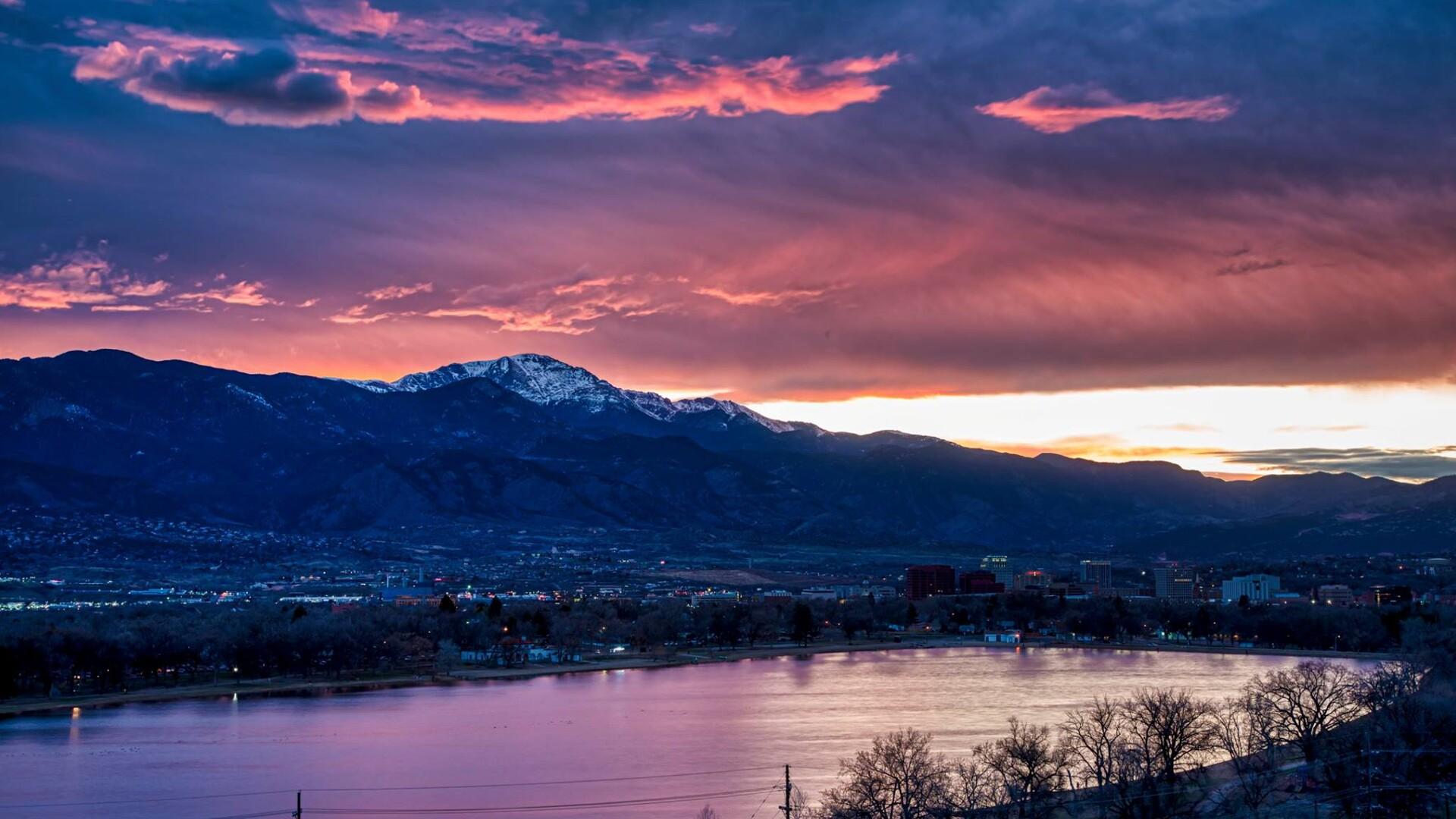 Pikes Peak Sunset Larry Marr.jpg