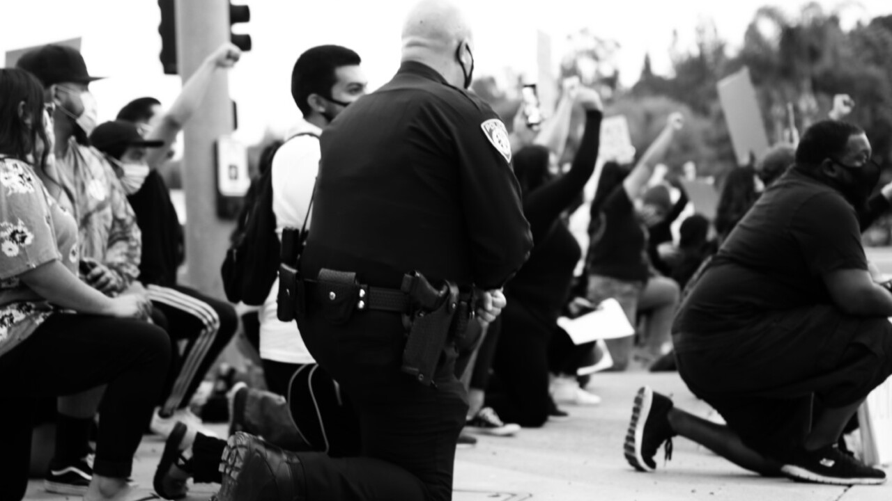 escondido police kneel with protesters 6_1_004.jpg