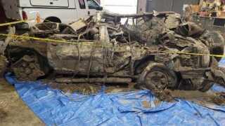 Delhi Twp family search Ohio River SUV