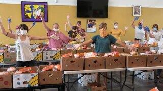 Tampa-Bay-Network-to-End-Hunger-volunteers.jpg