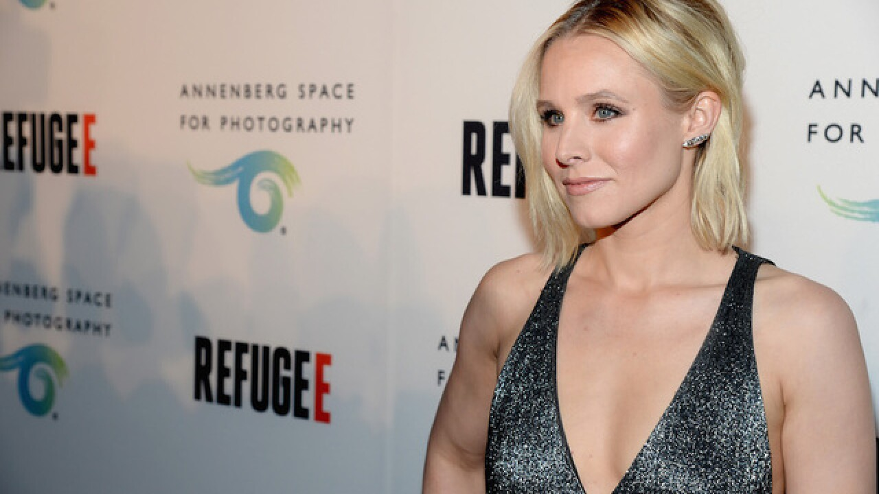 Actress Kristen Bell tells Donald Trump to 'zip it'
