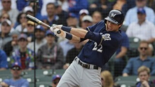 Brewers OF Christian Yelich swinging at a pitch