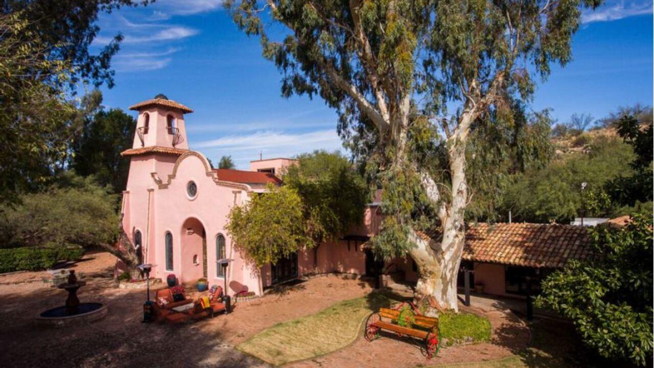 Rancho De Los Cerros home for sale north of Tucson